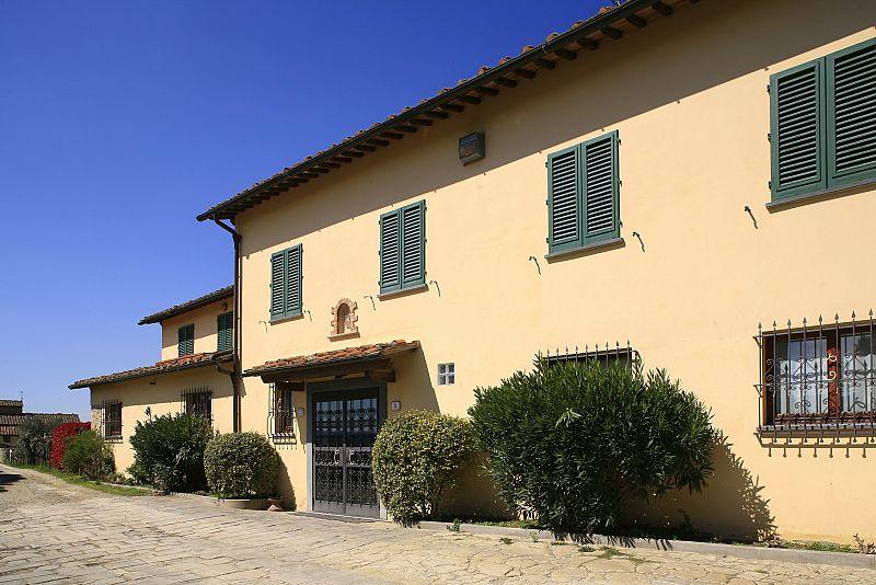 RESIDENCE CENTANNI - 1° CATEGORIA | Bagno a Ripoli
