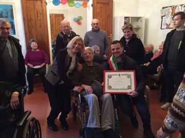 Il sindaco Francesco Casini e la vicesindaca Ilaria Belli hanno incontrato la Sig.ra Eleonora Sorelli, centenaria di Bagno a Ripoli