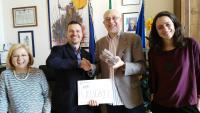 Bagno a Ripoli primo Comune italiano ad aderire al baratto tra materiale filatelico e cd: dal recupero dei detenuti alla promozione di giovani musicisti