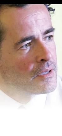 Giovanni Guidelli in 'Chiedi alla polvere'