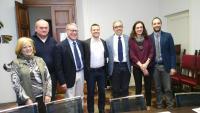 Foto di gruppo alla conferenza stampa della Rievocazione Storica del Venerdì Santo
